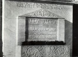 Sepulchral monuments, 1903–1918|
